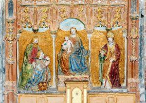 L'altare della Canonica di Santa Maria di Vezzolano (Albugnano, AT) con Sant'Agostino a destra, fine XV secolo. Foto di la Cabalesta